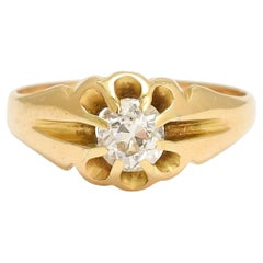 Antique Late Victorian Diamond Scalloped Solitaire Ring
