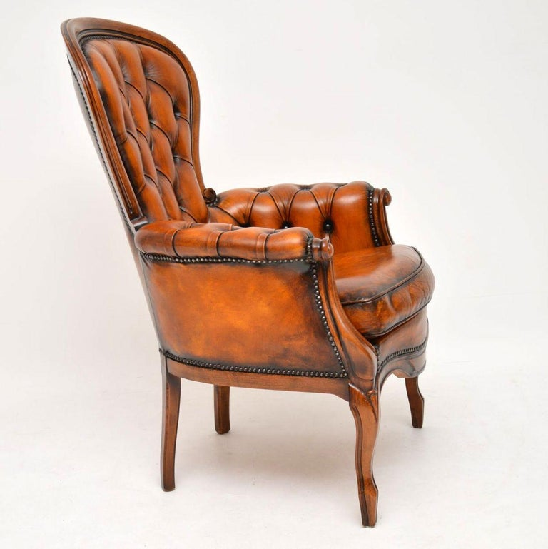 Victorian Antique Leather and Mahogany Spoon Back Armchair For Sale
