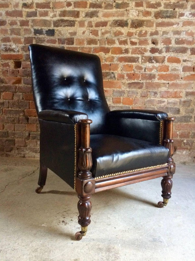 Antique Library Chair Lounge Club Leather Mahogany William IV, 1830 In  Excellent Condition For Sale - Antique Library Chair Lounge Club Leather Mahogany William IV, 1830