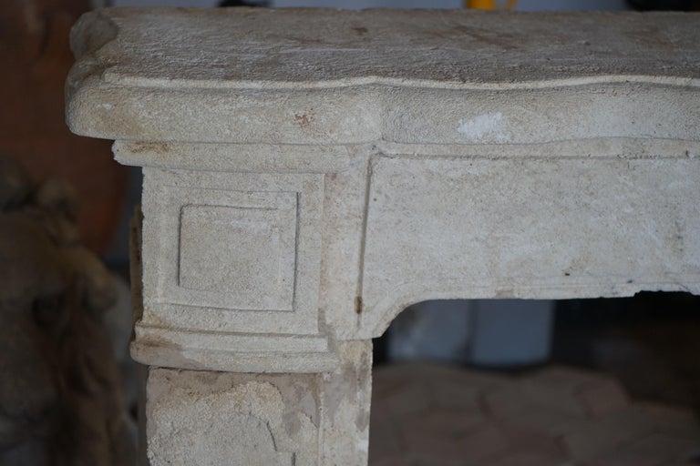 Antique Limestone Mantel In Good Condition For Sale In Dallas, TX
