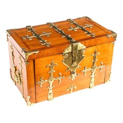 Antique Louis XIV Kingwood and Gilt Bronze Strongbox Coffre Fort, 17th Century