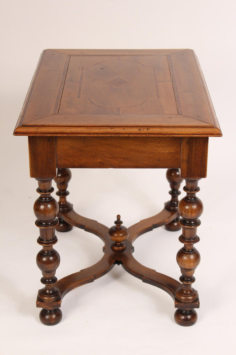 Antique Louis XIV Style Walnut Occasional Table In Good Condition For Sale In Laguna Beach, CA