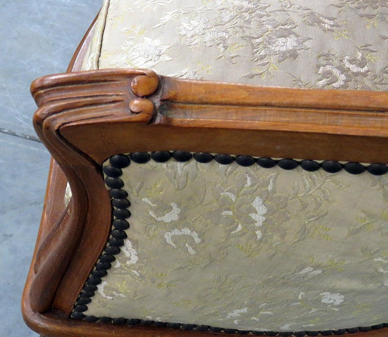 Antique Carved Walnut Louis XV Style Settee Sofa Canape For Sale 2