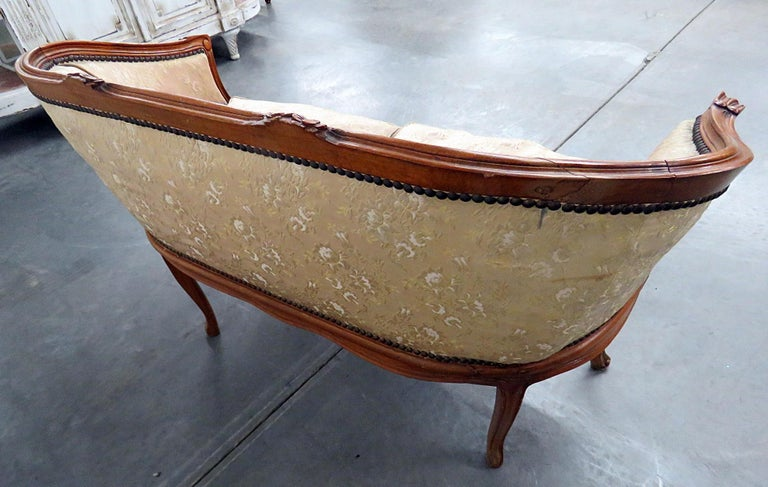 Antique Carved Walnut Louis XV Style Settee Sofa Canape For Sale 4