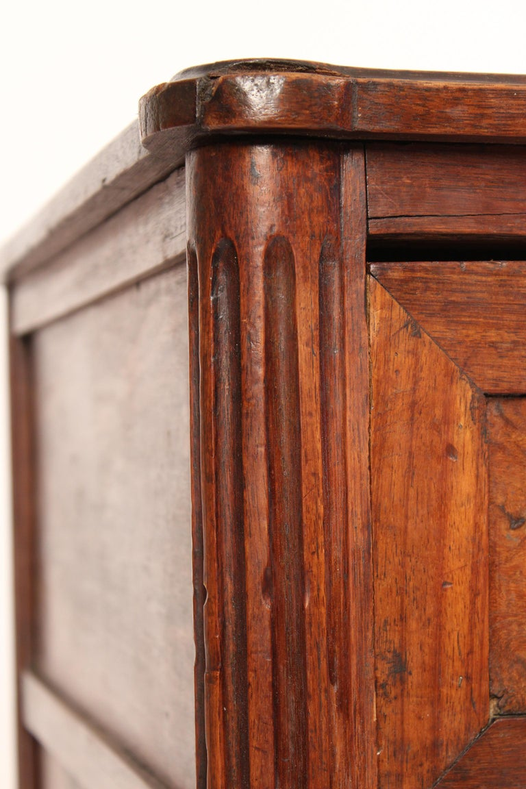 Antique Louis XVI Style Chest of Drawers For Sale 4