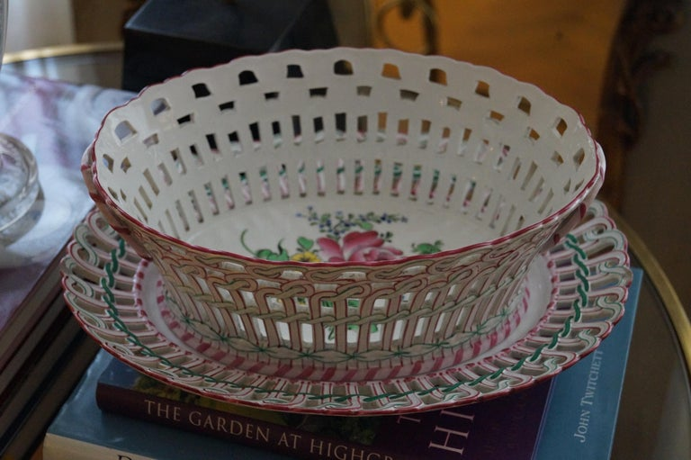 Antique Luneville K&G Strassbourg Porcelain Baskets with Underplate, France For Sale 2