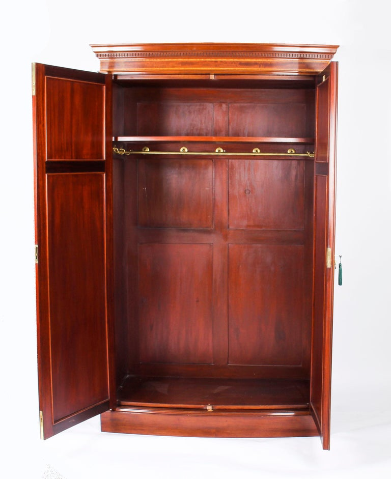Late 19th Century Antique Mahogany Bow Fronted Two-Door Wardrobe by Maple & Co, 19th Century For Sale
