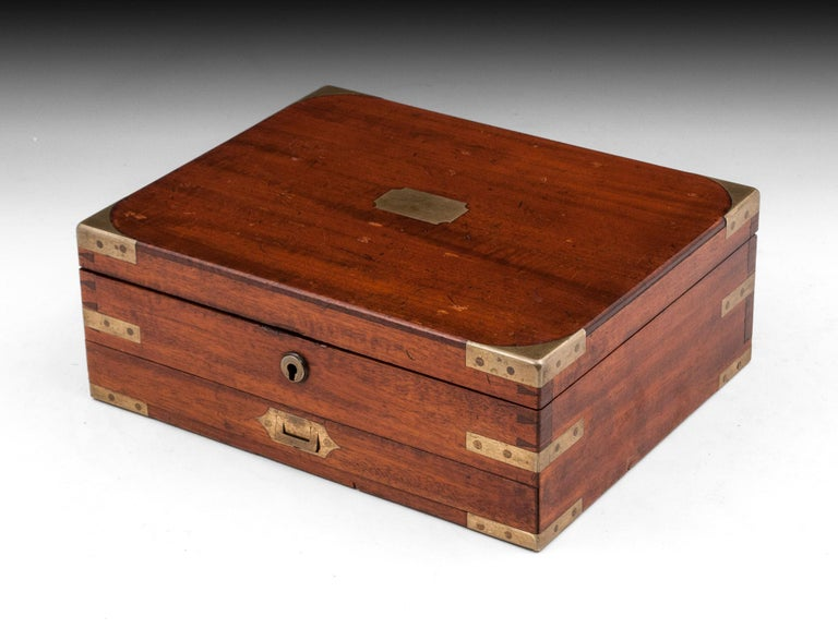 Antique Mahogany Brass Artists Box by James Newman London 19th Century In Good Condition For Sale In Northampton, United Kingdom