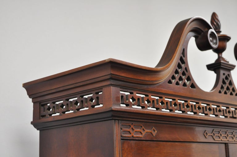 20th Century Antique Mahogany Chinese Chippendale Carved Fretwork Bookcase Secretary Desk For Sale
