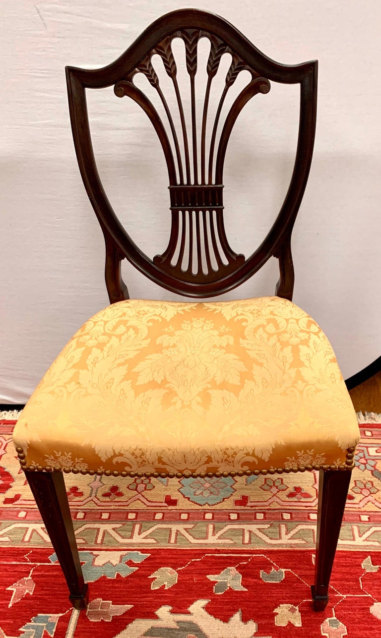 Antique Mahogany Hepplewhite Carved Wheat Sheaf Shieldback Dining Chairs 3