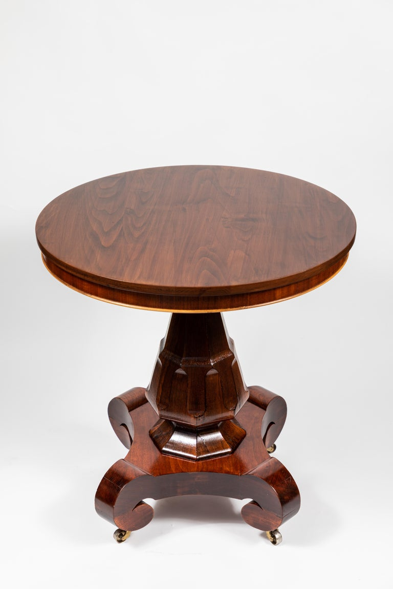 Antique Mahogany Round Pedestal Side Table For Sale 5