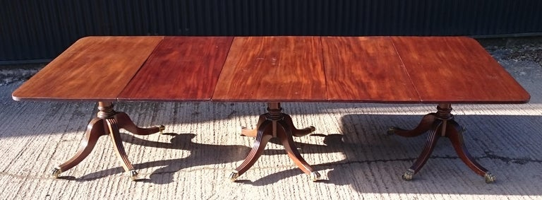 19th Century Antique Mahogany Three-Pedestal Dining Table For Sale