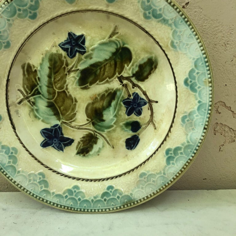 Country Antique Majolica Leaves and Blue Flowers Plate, circa 1890 For Sale
