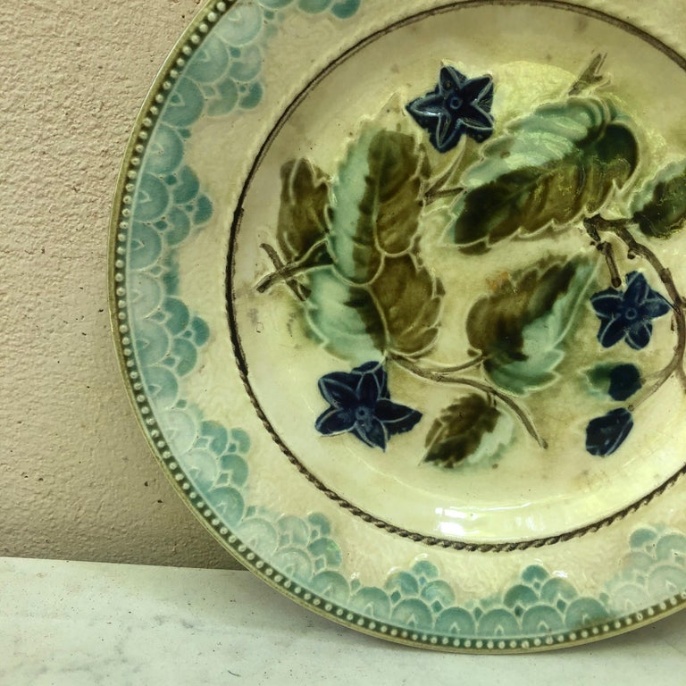 French Antique Majolica Leaves and Blue Flowers Plate, circa 1890 For Sale