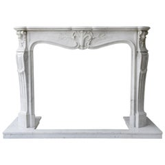 Mantel of White Carrara Marble in Style of Louis XV from the 19th Century