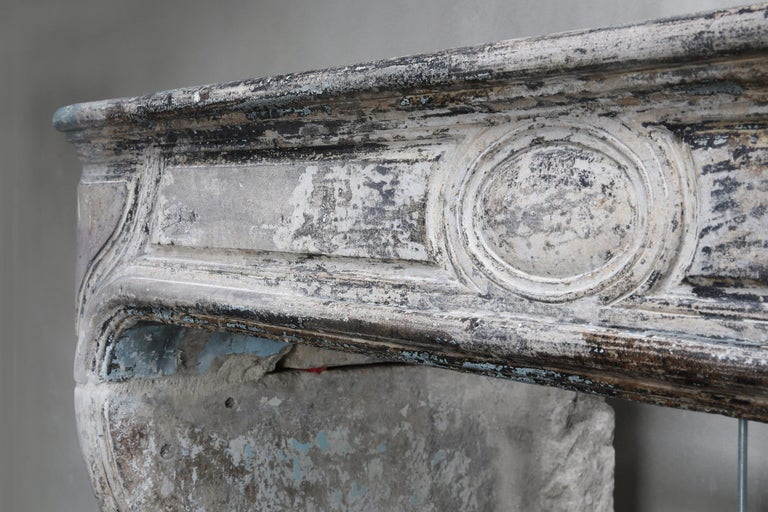 Antique Mantelpiece of French Limestone, Louis XIV Style, 19th Century For Sale 3