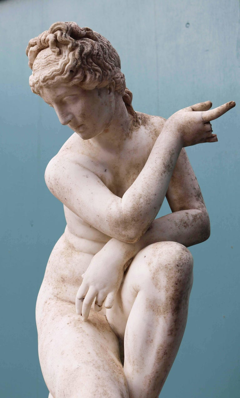 Antique Marble Sculpture of Aphrodite For Sale 2