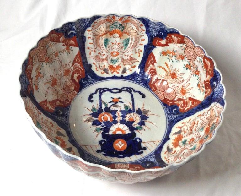 Antique Meiji Period Imari Porcelain Bowl For Sale 4
