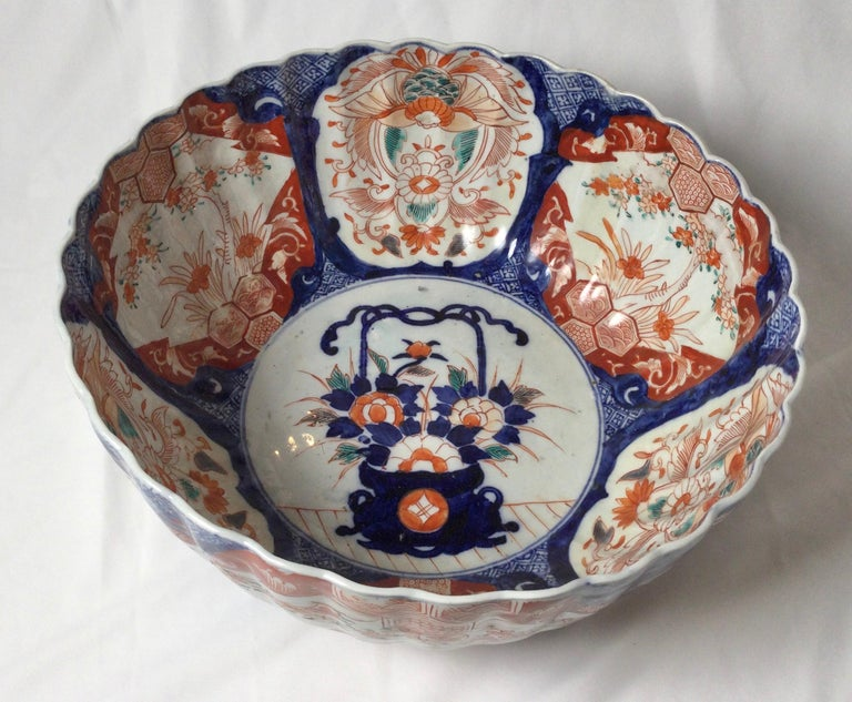 Japanese Antique Meiji Period Imari Porcelain Bowl For Sale