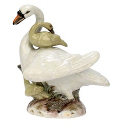 Antique Meissen Porcelain Swan & Two Cygnets Figurine Model No. 177X