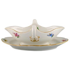 Antique Meissen Sauce Boat in Hand-Painted Porcelain with Flowers