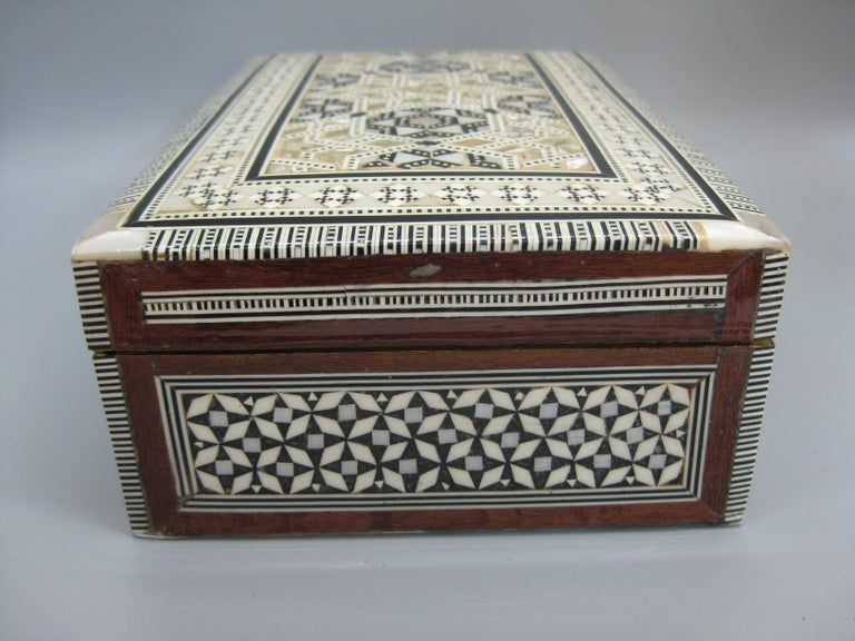 Antique Micro Mosaic Marquetry Mother of Pearl Inlay Wooden Jewelry Trinket Box For Sale 7
