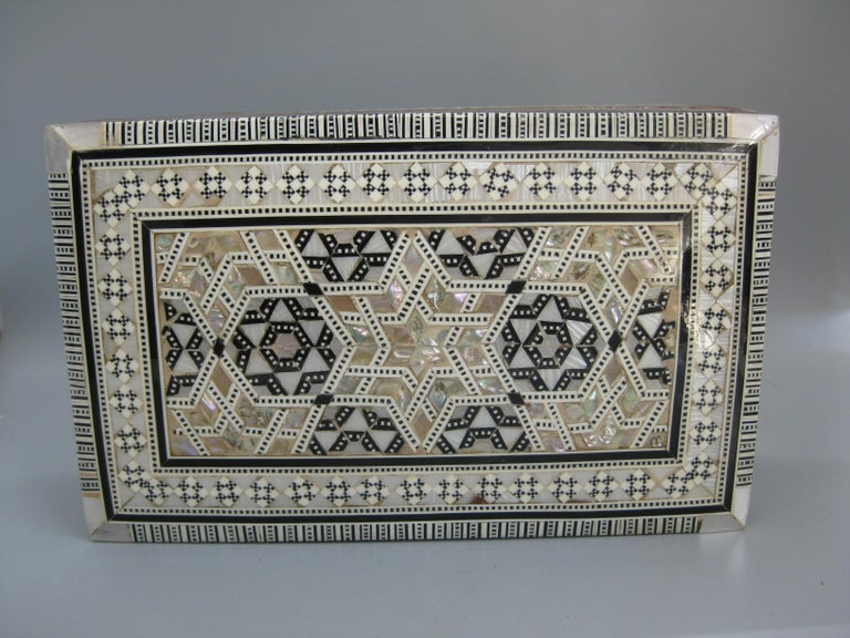 Antique Micro Mosaic Marquetry Mother of Pearl Inlay Wooden Jewelry Trinket Box For Sale 8