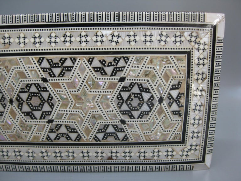 Antique Micro Mosaic Marquetry Mother of Pearl Inlay Wooden Jewelry Trinket Box For Sale 10