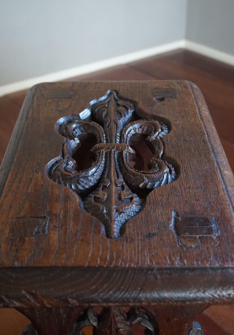 Antique Mid-19th Century Gothic Revival Stool with Hand Carved Lily Symbols For Sale 1