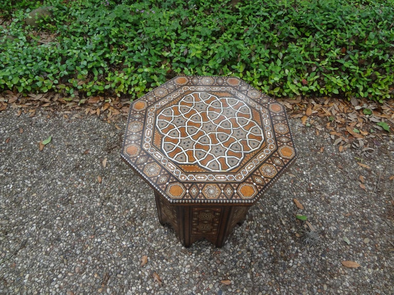 Antique Middle Eastern Arabesque Style Mother of Pearl Inlaid Table For Sale 4