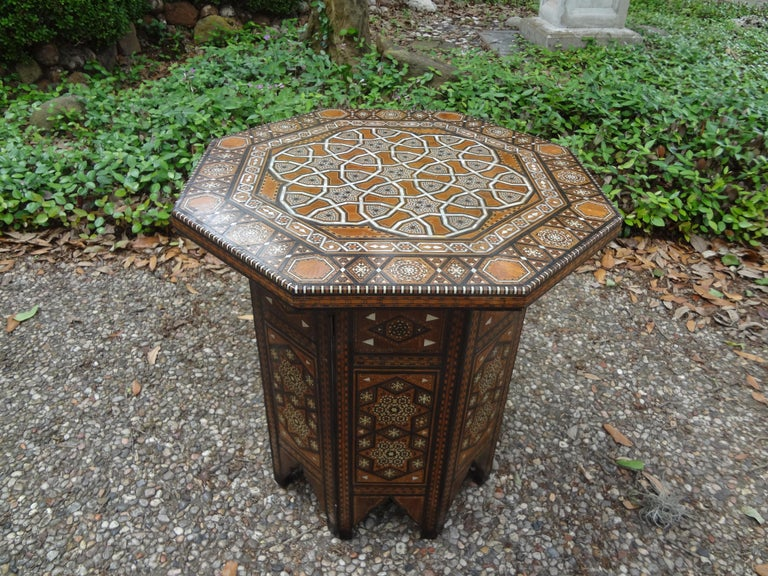 Moorish Antique Middle Eastern Arabesque Style Mother of Pearl Inlaid Table For Sale