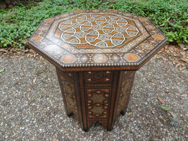 Antique Middle Eastern Arabesque Style Mother of Pearl Inlaid Table For Sale 2