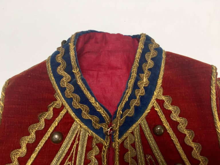 Antique Red Velvet Jacket with Gold Embroidery For Sale 2