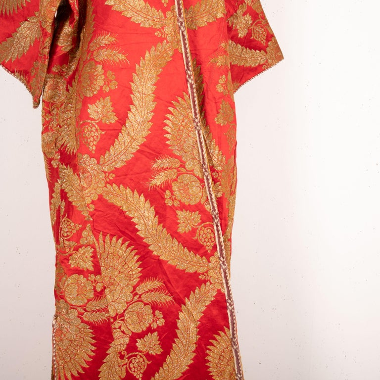 Antique Moroccan Brocaded Kaftan, Early 20th Century For Sale 1