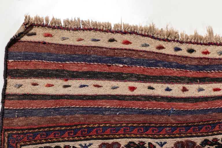 Antique Moroccan Rug with Floral Motif For Sale 2