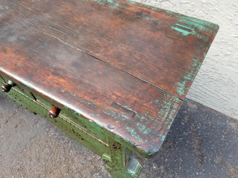 Antique Nahuala Table In Distressed Condition For Sale In Scottsdale, AZ