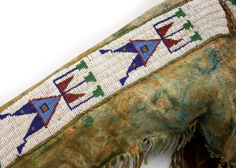 Antique Native American Beaded War Shirt, Sioux 'Plains Indian', circa 1880s For Sale 5