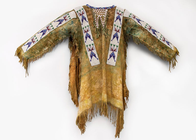 Antique Native American Beaded War Shirt, Sioux 'Plains Indian', circa 1880s For Sale 6