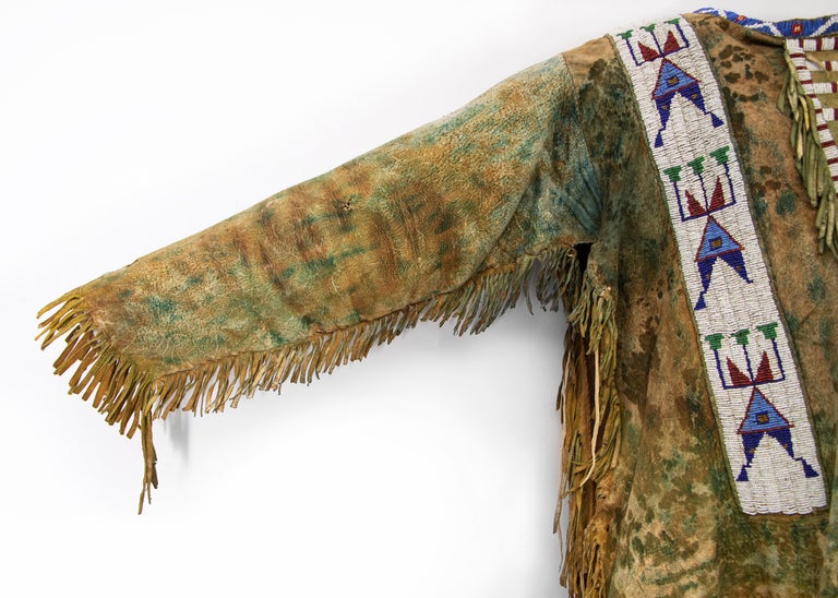 Hide Antique Native American Beaded War Shirt, Sioux 'Plains Indian', circa 1880s For Sale