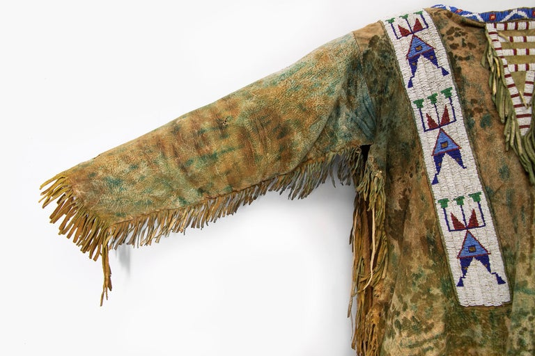 Antique Native American Beaded War Shirt, Sioux 'Plains Indian', circa 1880s For Sale 1
