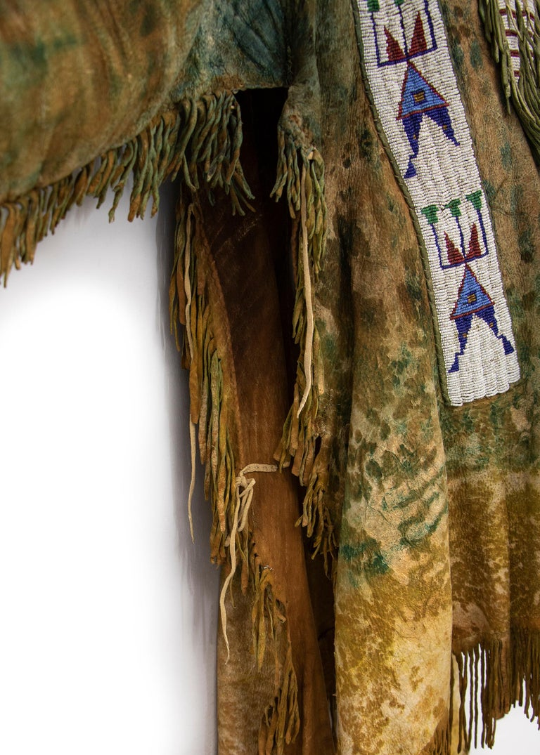 Antique Native American Beaded War Shirt, Sioux 'Plains Indian', circa 1880s For Sale 2