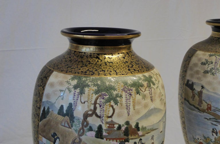 Antique Near Pair of Meiji Period Satsuma Vases, Japanese, 1868-1912 In Fair Condition For Sale In Glencarse, Perthshire