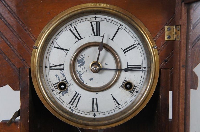 Antique New Haven Clock Co Carved Walnut 8 Day Chiming Mantel Shelf Clock 511 4