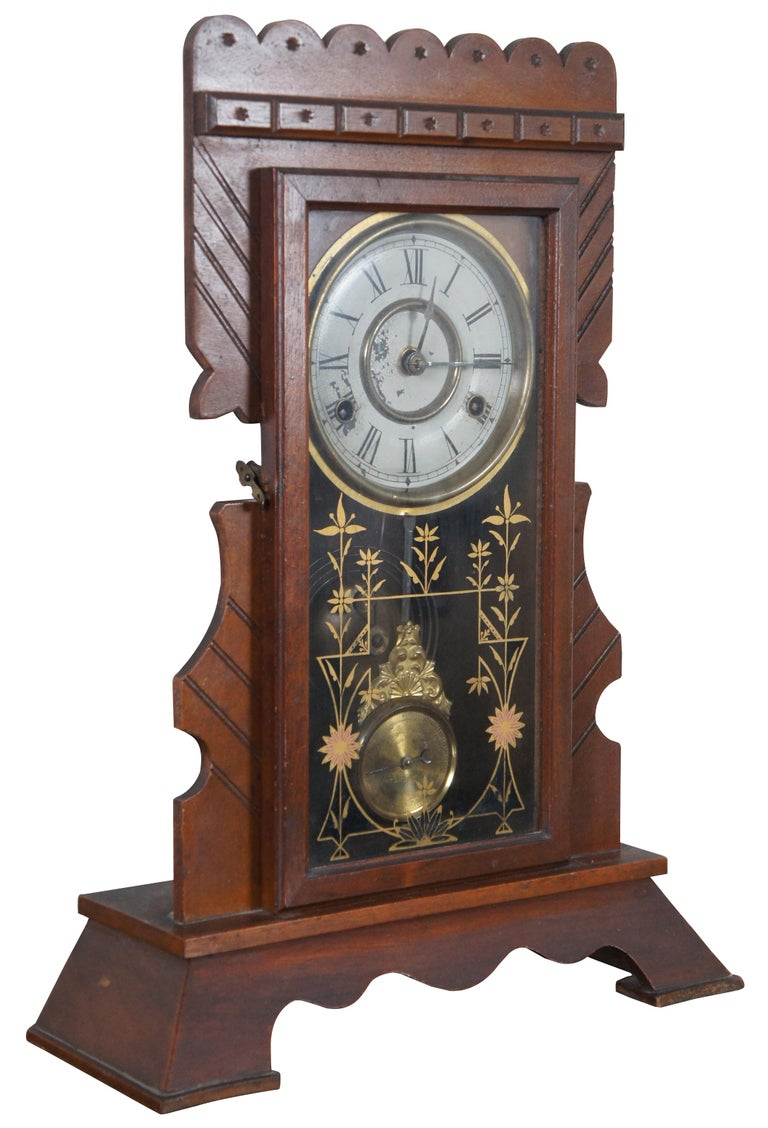 Victorian Antique New Haven Clock Co Carved Walnut 8 Day Chiming Mantel Shelf Clock 511