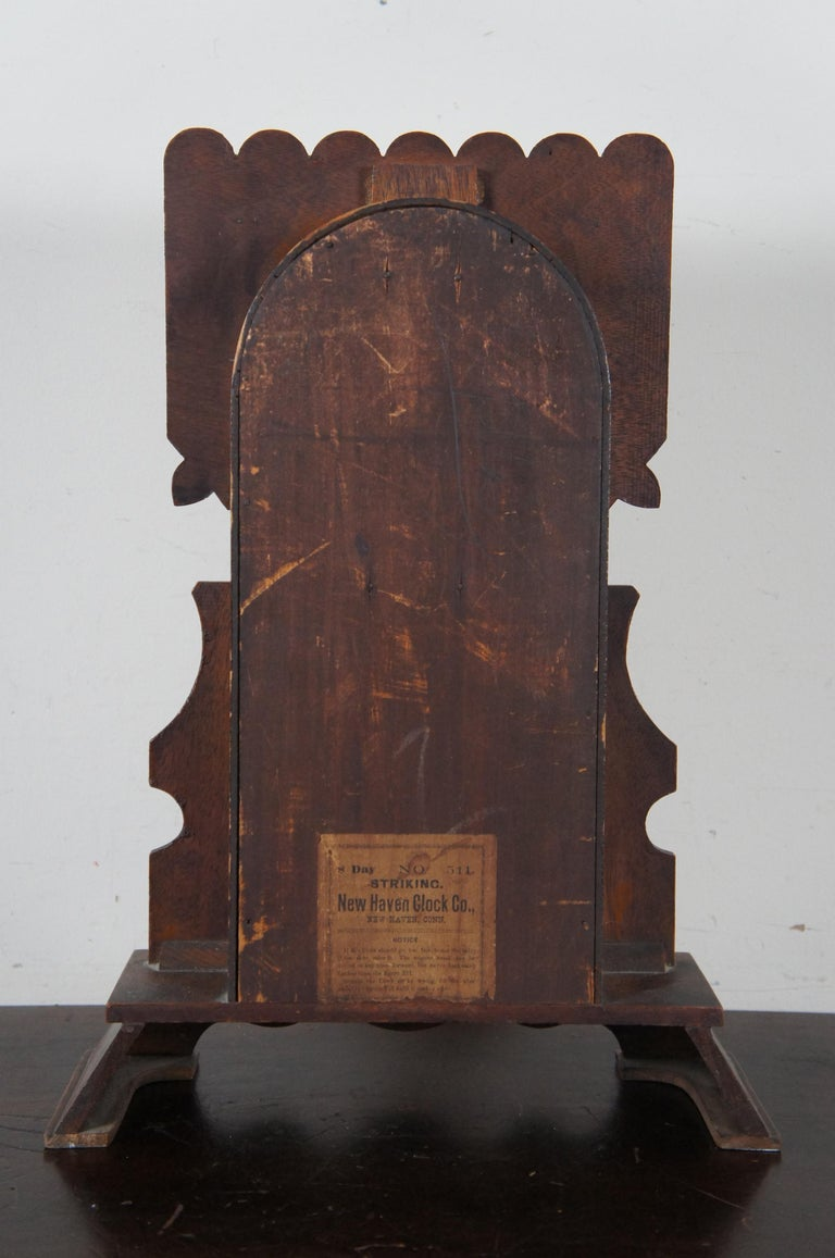 Antique New Haven Clock Co Carved Walnut 8 Day Chiming Mantel Shelf Clock 511 In Good Condition In Dayton, OH