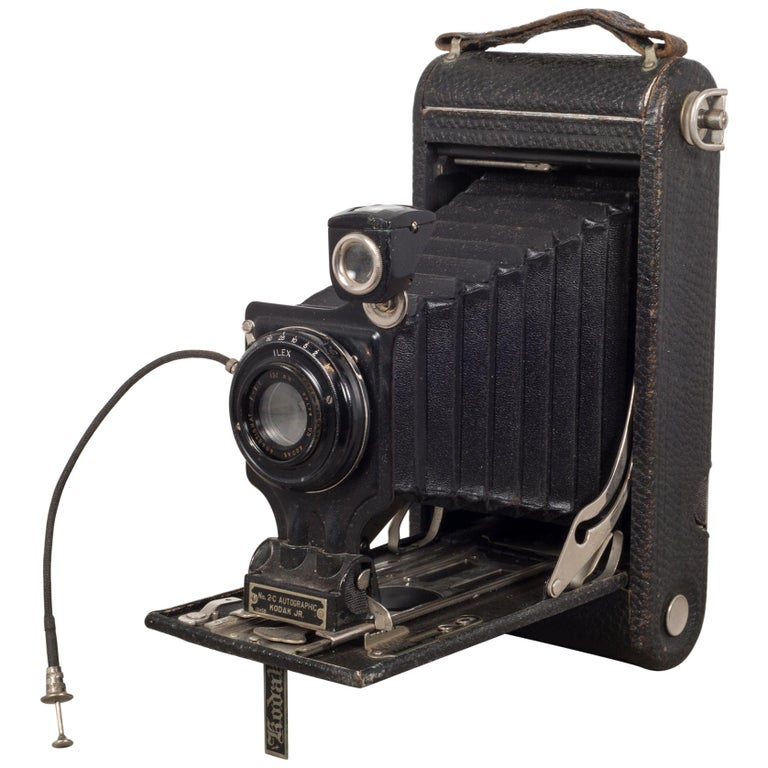 "Antique ""No. 2C Autographic Kodak Jr."" Folding Camera, circa 1916-1927"