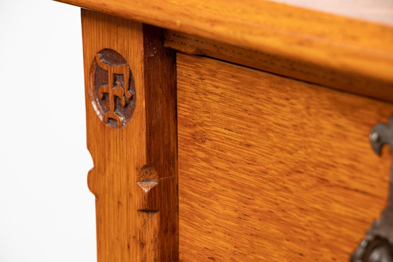 Antique Oak Chest Of Drawers By Gillows For Sale At 1stdibs