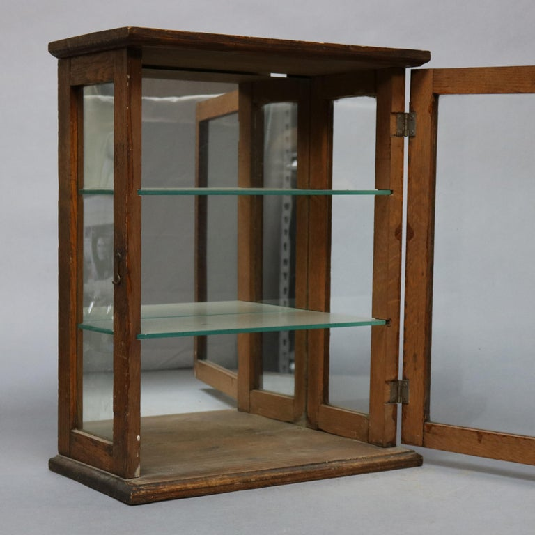 Antique Oak Country Store Mirrored Display Cabinet, circa 1900 In Good Condition For Sale In Big Flats, NY