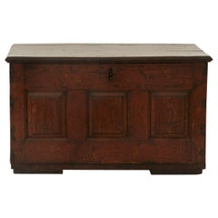 Antique Oakwood Carriage Chest