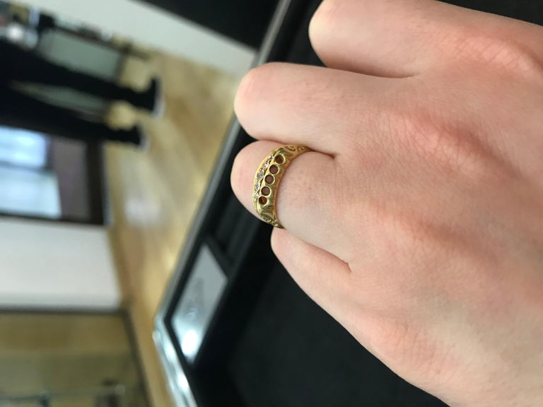 Women's or Men's Antique Old Cut Diamond Five-Stone Ring, circa 1900s For Sale